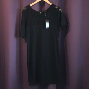 BCBG MaxAzria Lace Shift Dress Size Medium NWT